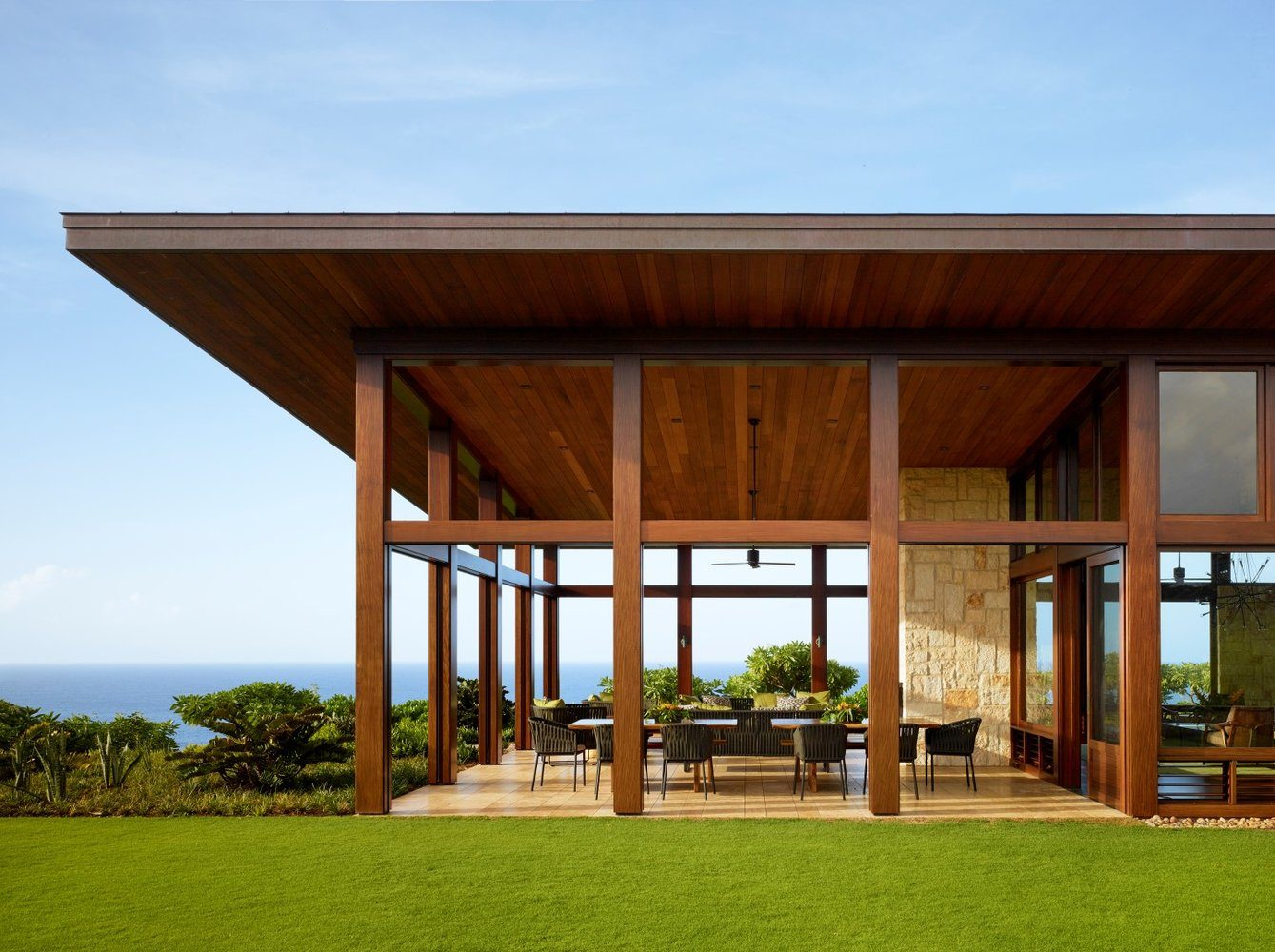 Kalihiwai Ranch Outdoor Pavilion - Luxury Residential by Philpotts Interiors