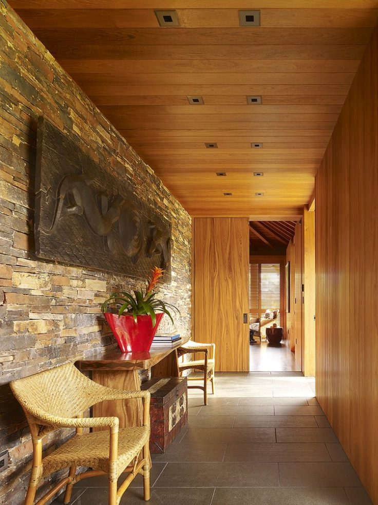 International Style Hallway - Luxury Residential by Philpotts Interiors