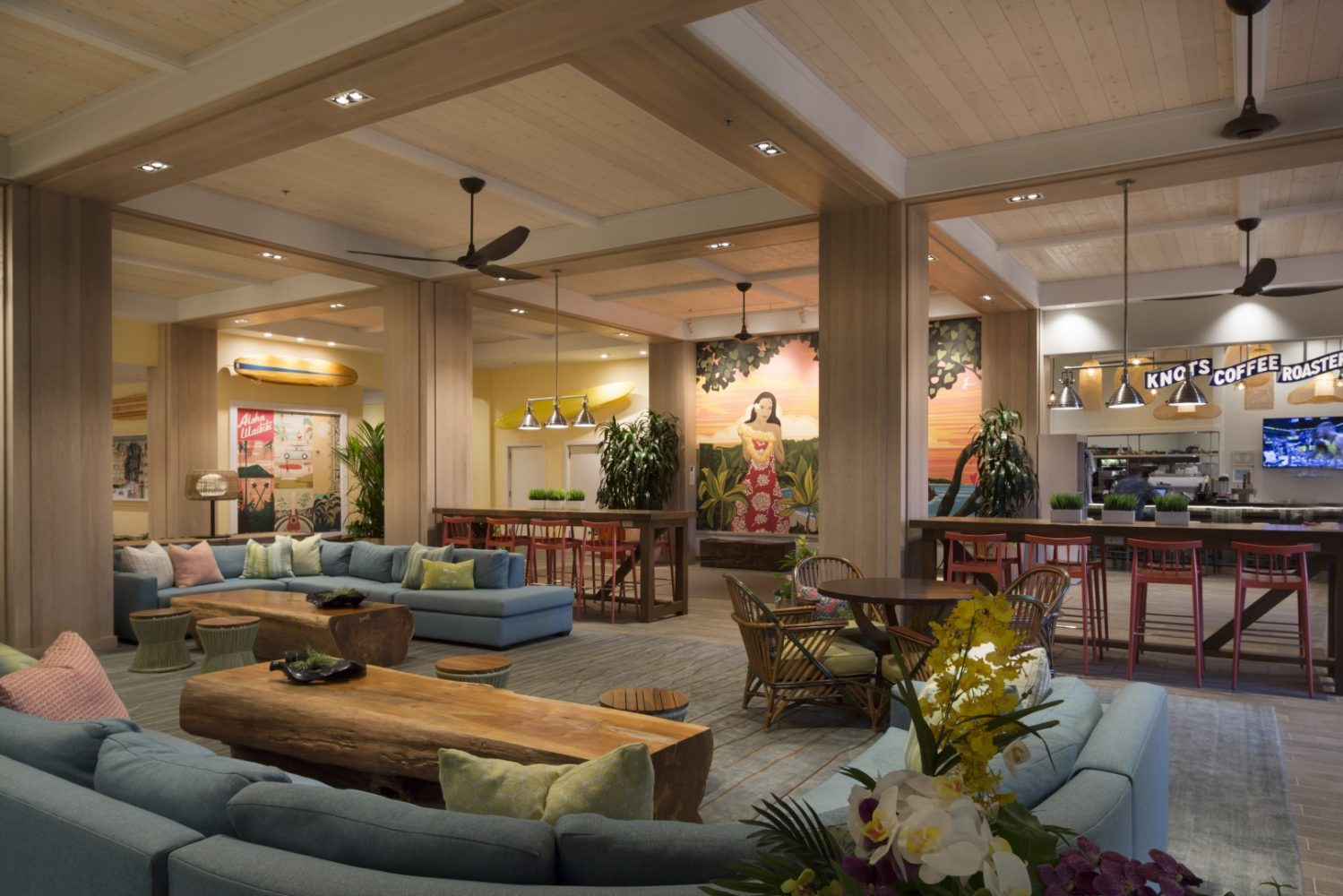 Queen Kapiolani Hotel Lobby - Philpotts Interiors